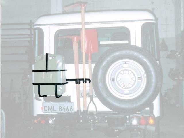 Porta estepe, porta galão, basculante horizontal, com suporte triplo de ferramenta
