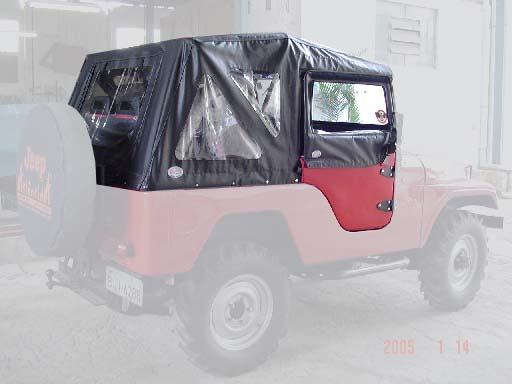 Capota Semi Trial com porta de fibra ( preto externo e manta branca interno )