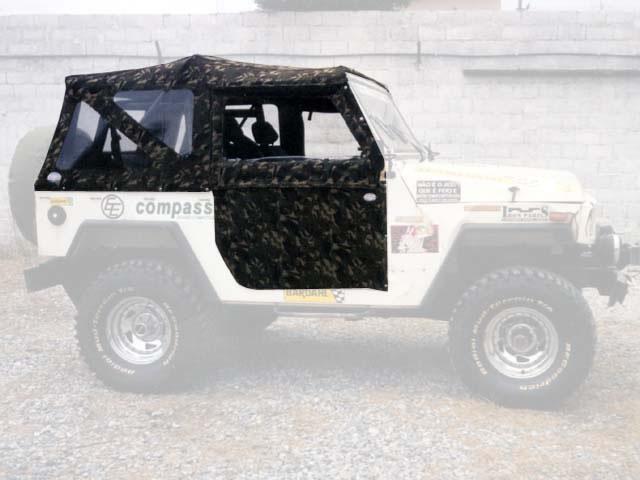 Capota Super Trial 3 janelas ( camuflado aeronáutica externo e castor escuro interno )