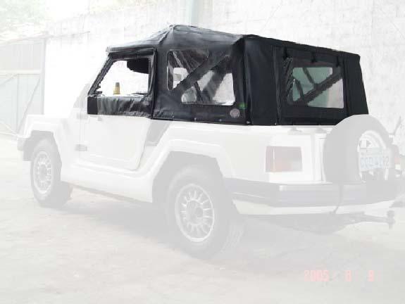 Capota Semi Trial Sport 3 janelas ( preto externo e manta branca interno )