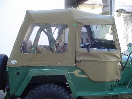 Capota Mascote Sport ( bege iraque externo e manta branca interno )