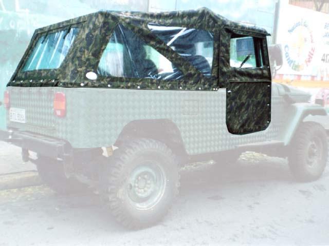 Capota Super Trial Sport 3 janelas ( camuflado aeronáutico externo e castor escuro interno )