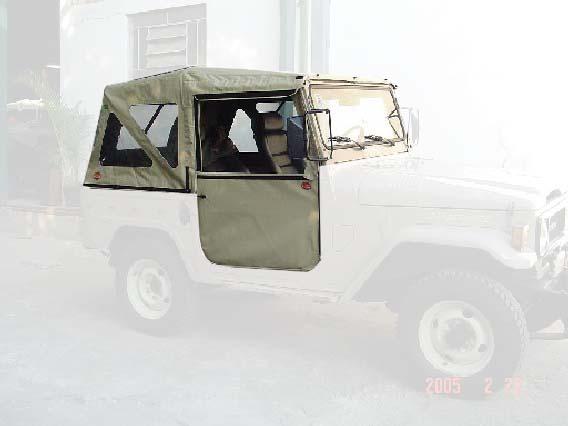Capota Dupla Face Sport 3 janelas ( areia externo e castor médio interno )