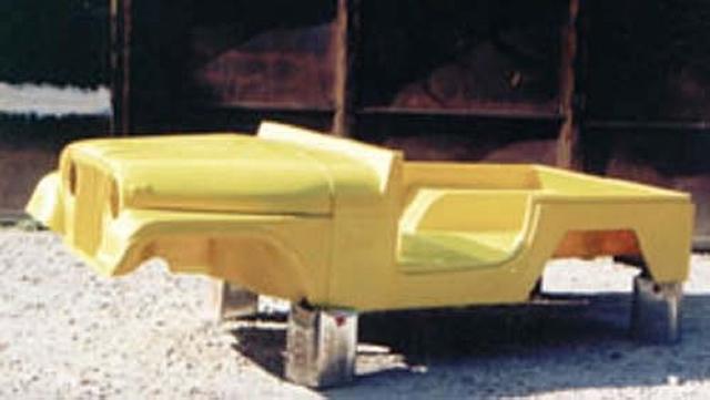 Caixote completo com: Capôo, grade dianteira e para-lamas ( CJ5 )